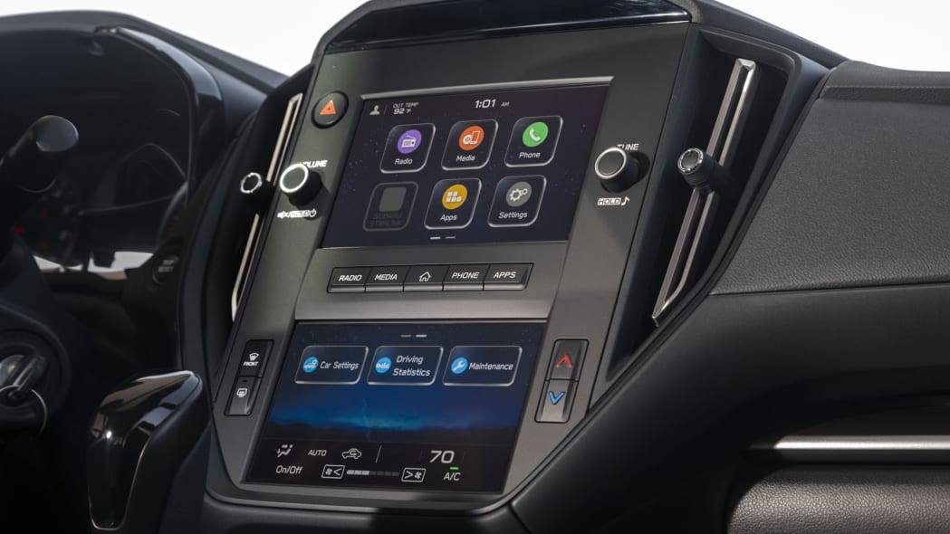 2022 Subaru WRX base infotainment side