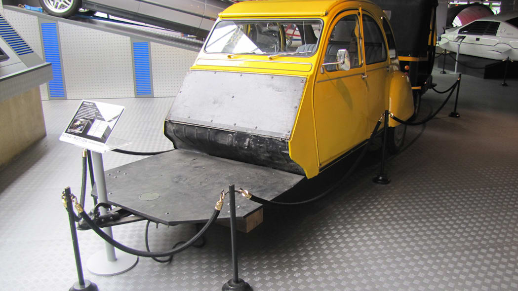 Citroen 2CV shooting rig from For Your Eyes Only