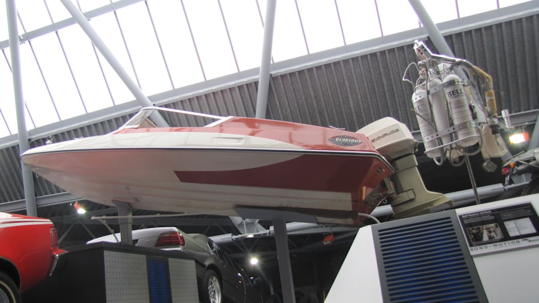 Glastron speedboat from Live and Let Die
