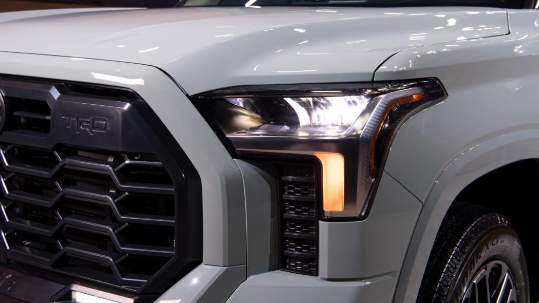 2022 Toyota Tundra SR5-05