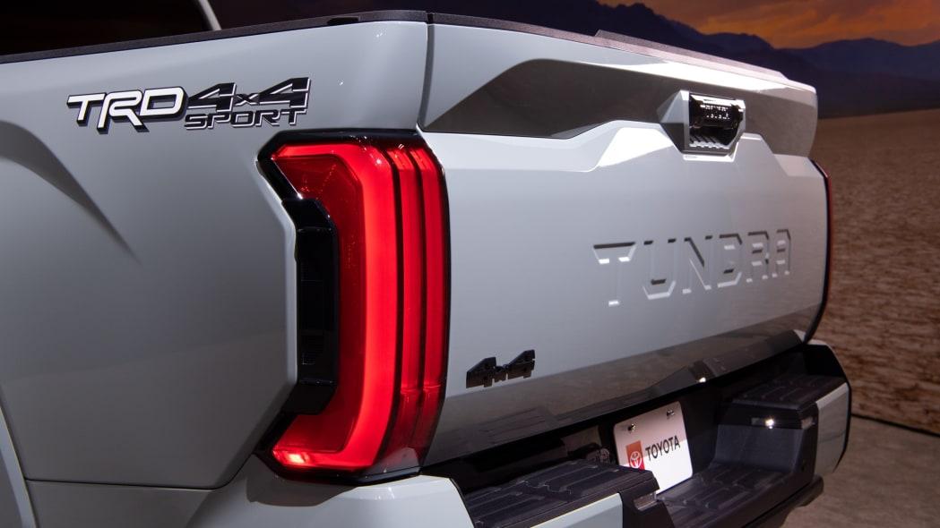 2022 Toyota Tundra SR5-08