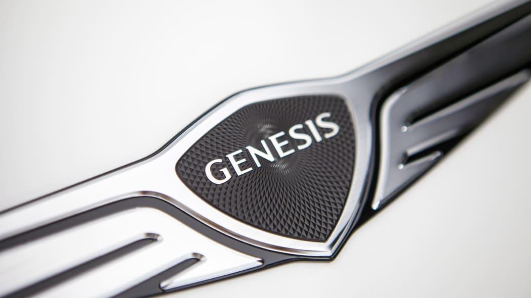 GenesisGV60 10