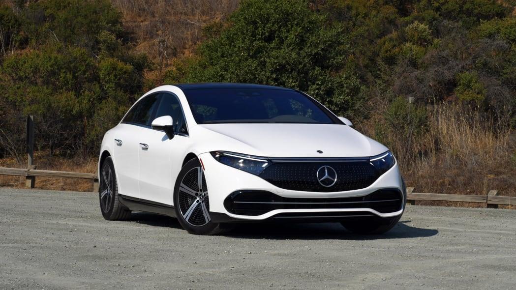 2022 Mercedes EQS 450+ front