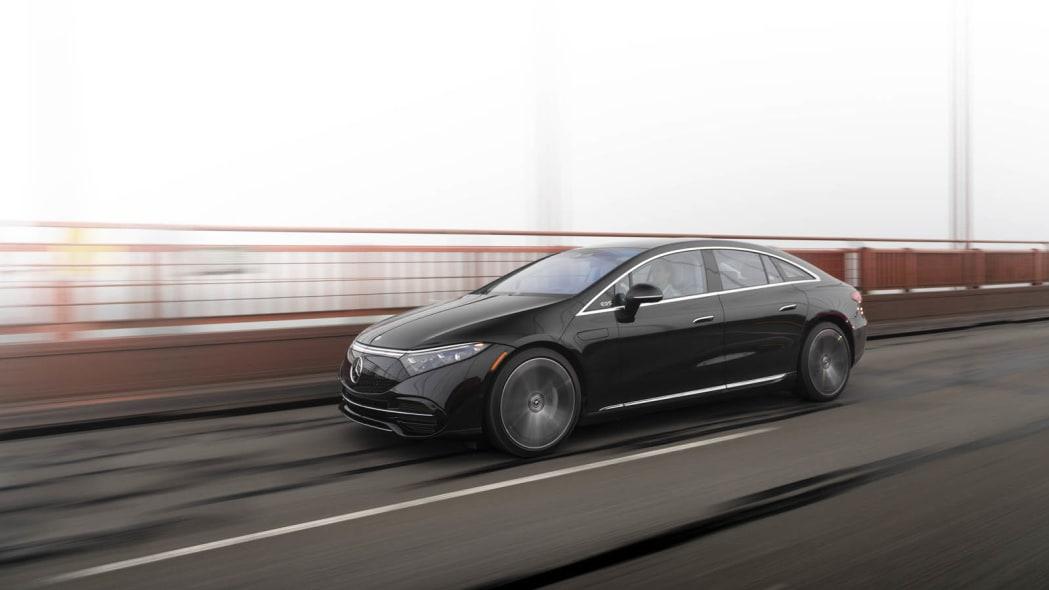 2022 Mercedes EQS 450+ Golden Gate profile