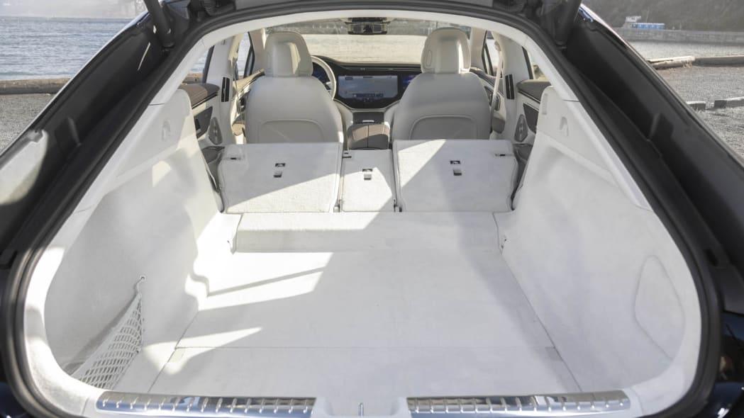 2022 Mercedes EQS 450+ trunk seats down