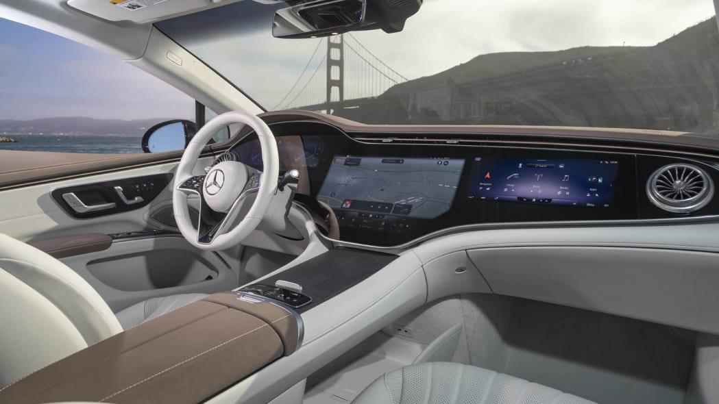 2022 Mercedes EQS 450+ interior passenger side