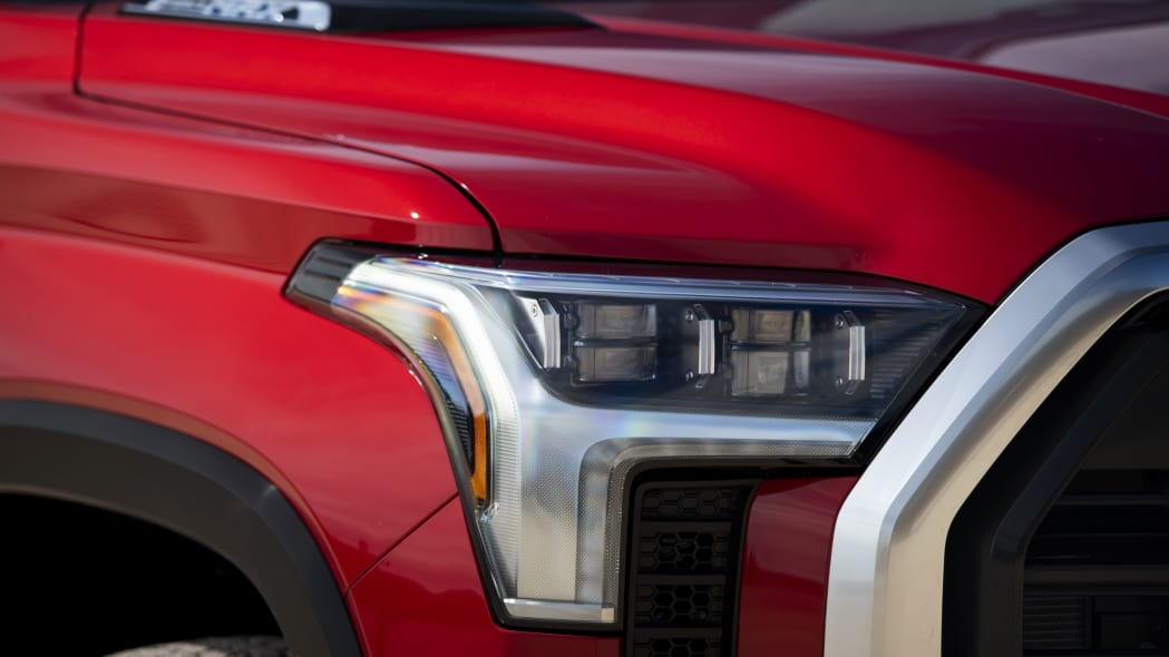 2022 Toyota Tundra Limited TRD Off-Road-23