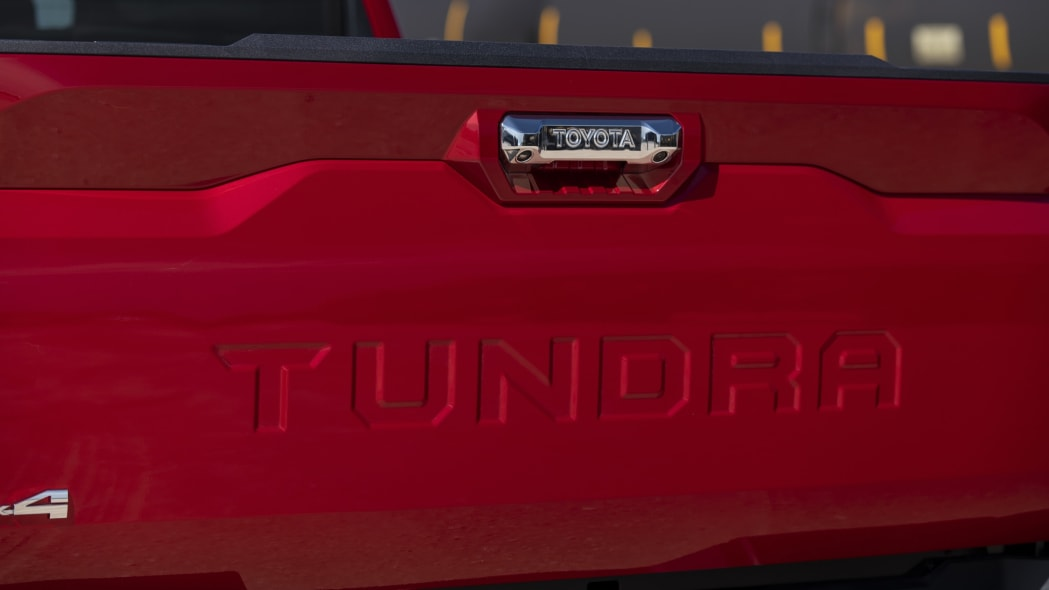 2022 Toyota Tundra Limited TRD Off-Road-25