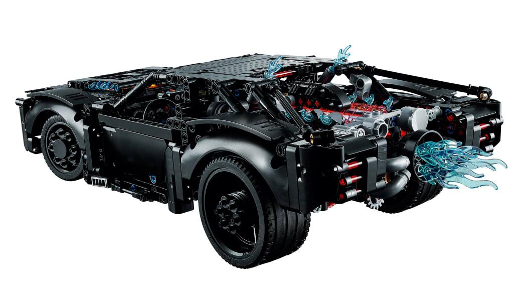 the-batman-lego-batmobile-3