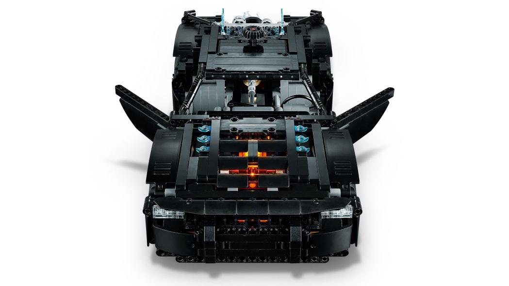 the-batman-lego-batmobile-7