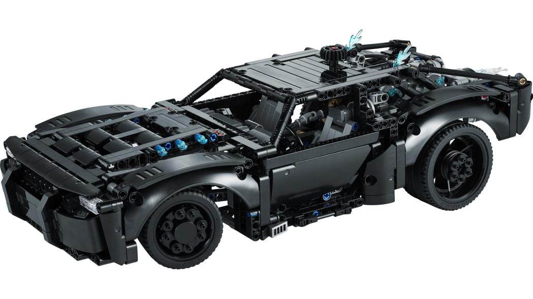 the-batman-lego-batmobile-10