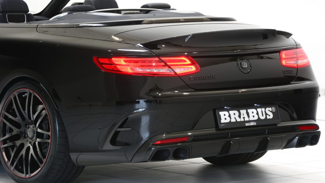 Brabus 850 6.0 Biturbo Cabrio detail tail
