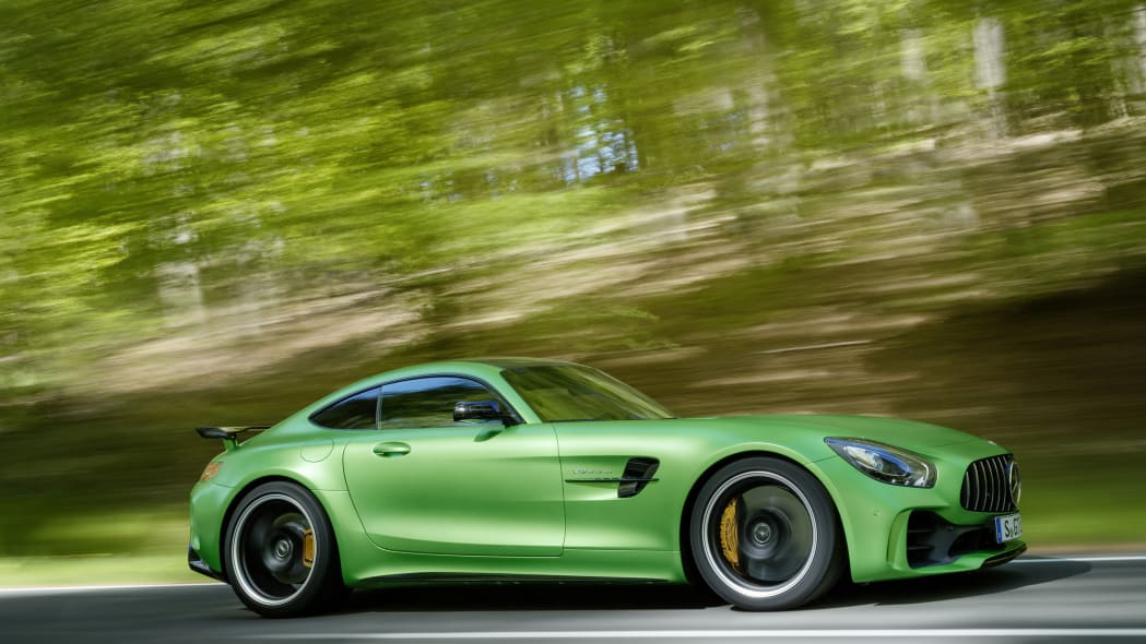 2018 Mercedes-AMG GT R side view