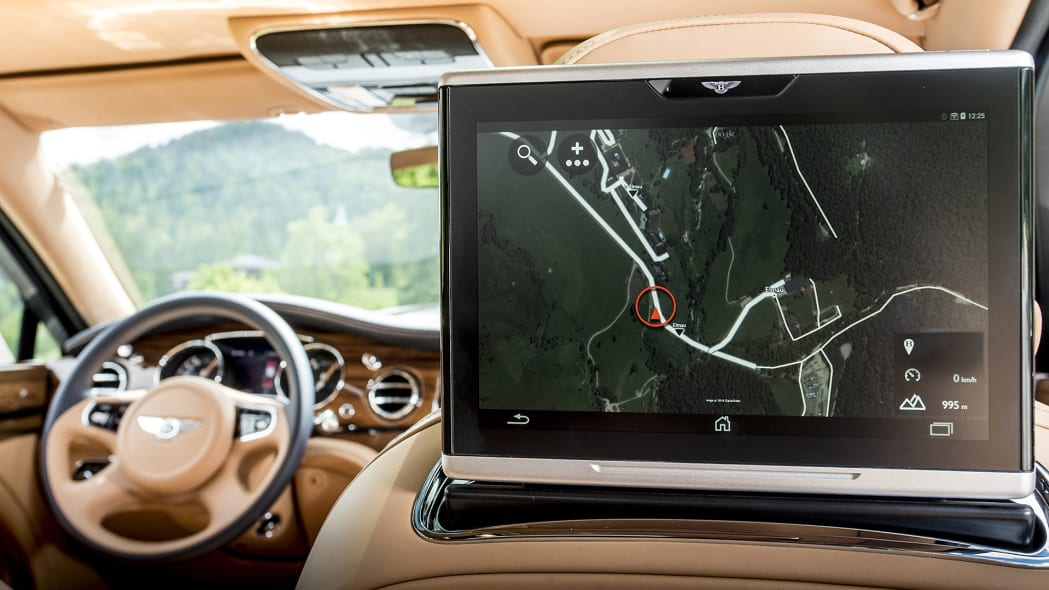 2017 Bentley Mulsanne rear seat navigation system