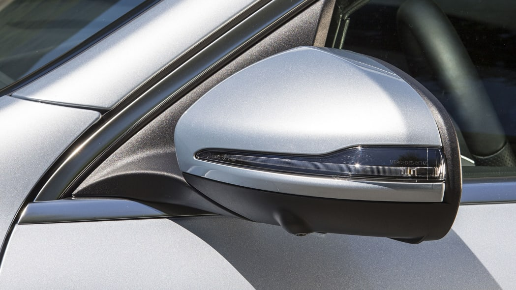 2017 Mercedes-Benz GLC300 Coupe side mirror