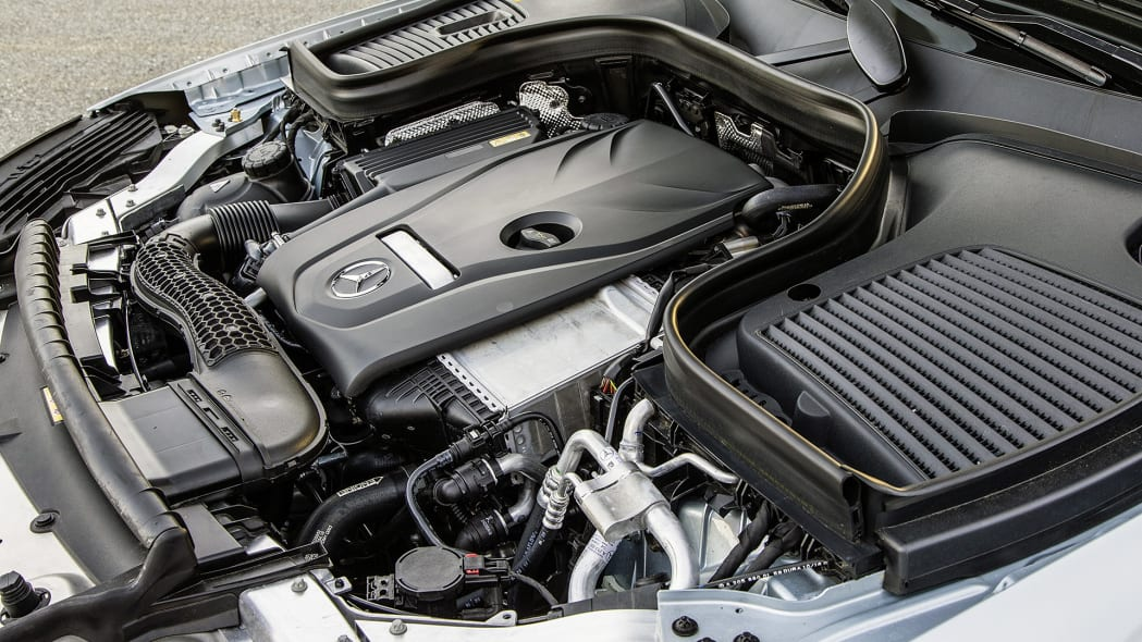 2017 Mercedes-Benz GLC300 Coupe engine