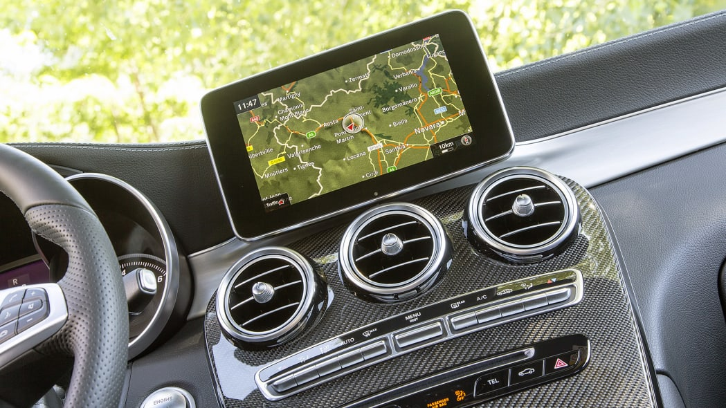 2017 Mercedes-Benz GLC300 Coupe navigation system