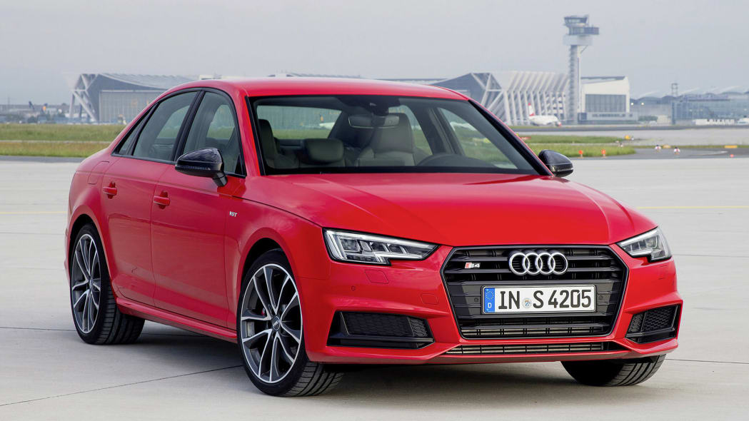 2017 Audi S4 front 3/4 view
