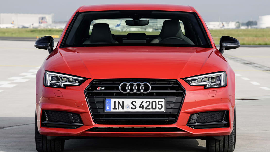2017 Audi S4 front view