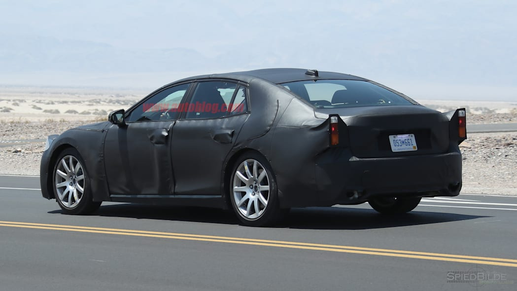 Lexus LS Spy Photo