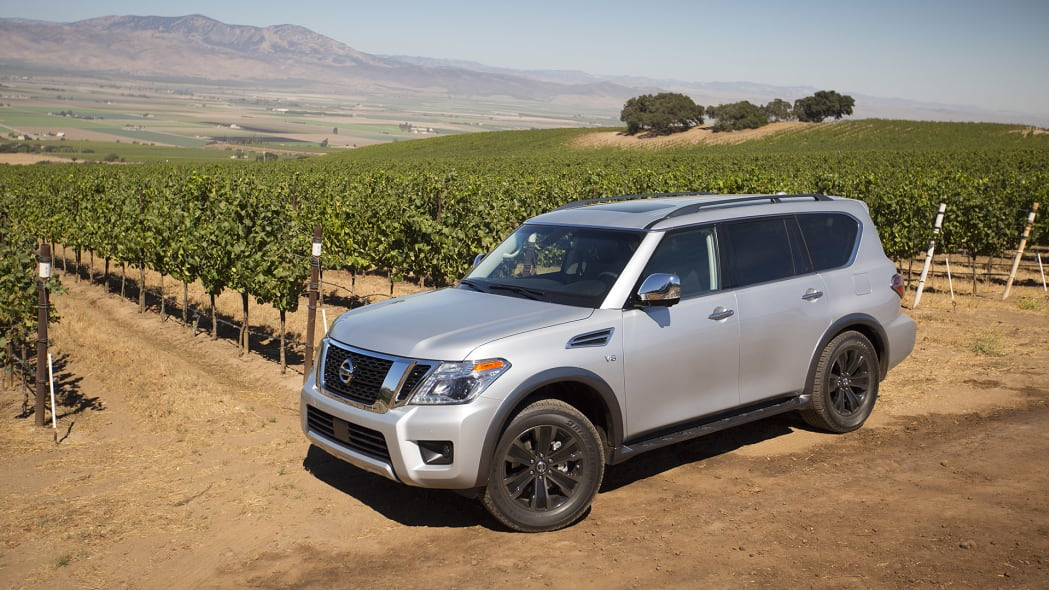 2017 Nissan Armada front 3/4 view