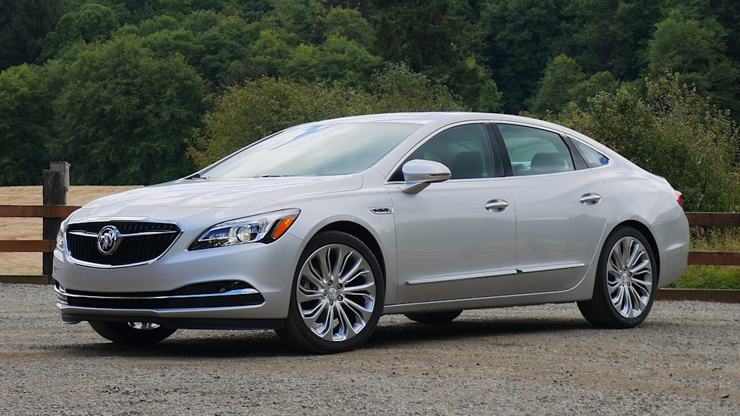 2017 Buick LaCrosse front 3/4 view