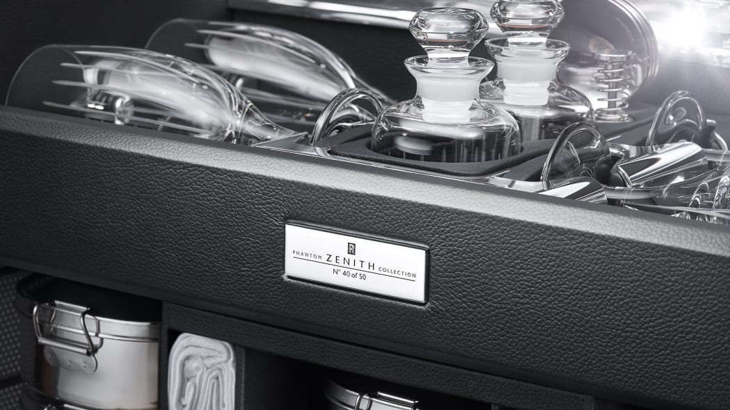 Rolls-Royce Phantom Zenith picnic basket open detail view