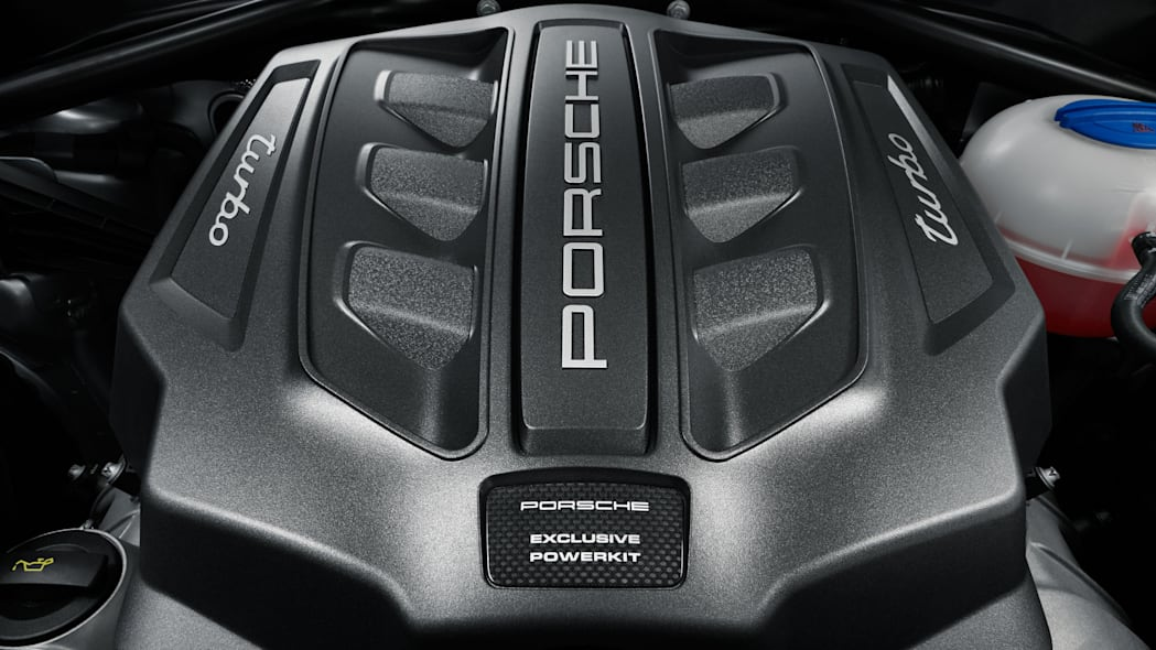 Porsche Macan Turbo with Performance Package Engine Cover