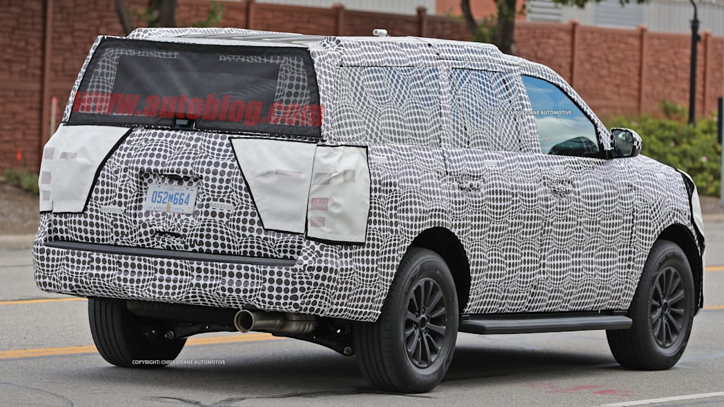 2018 ford expedition spy shots rear exterior