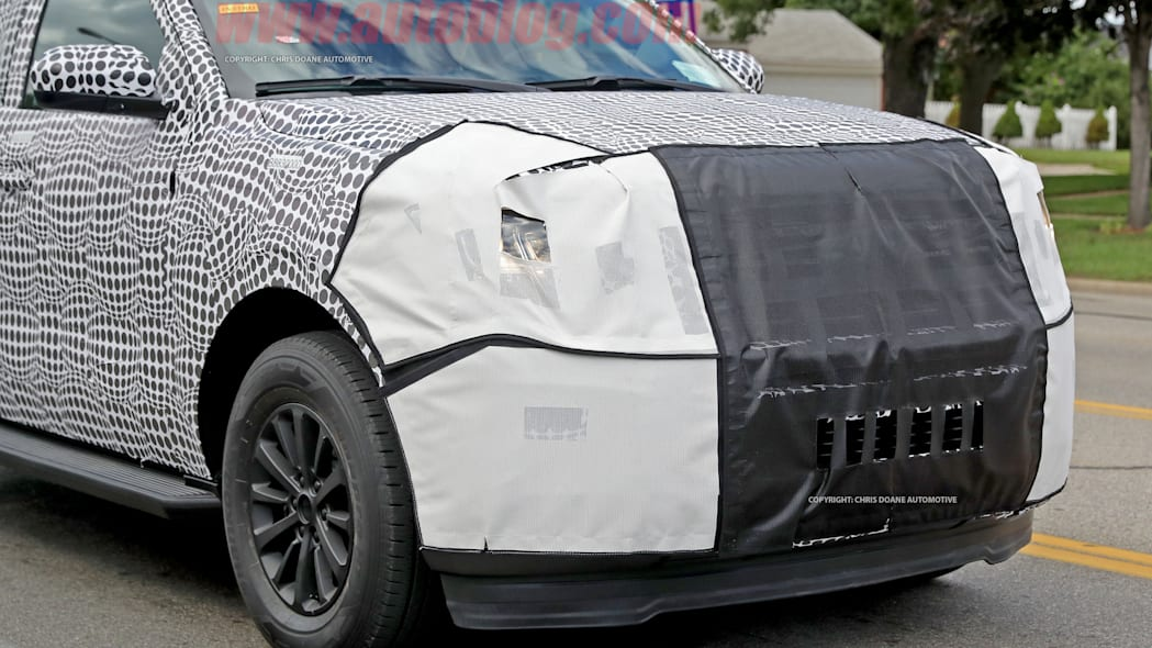 2018 ford expedition spy shots front grille exterior