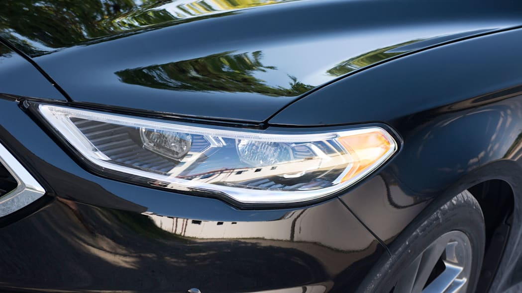2017 ford fusion sport headlights led
