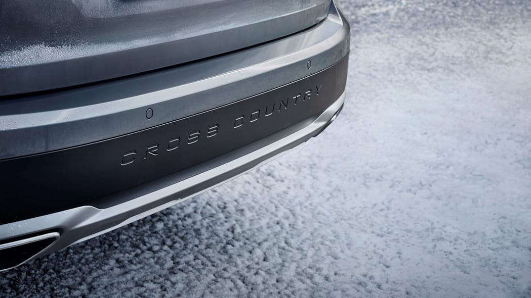 2017 Volvo V90 Cross Country Cross Country Badge Exterior