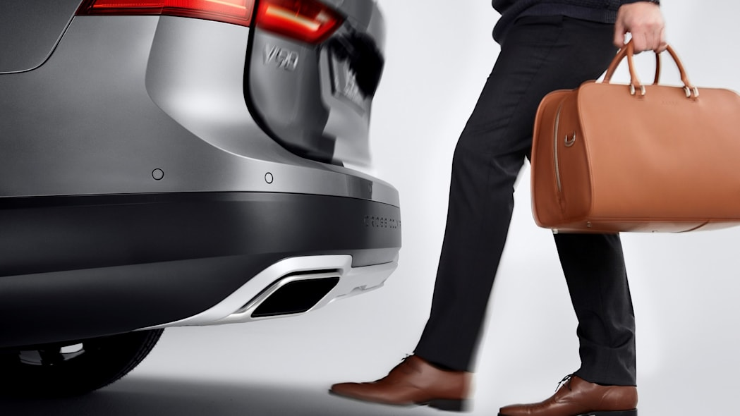 2017 Volvo V90 Cross Country Rear Liftgate