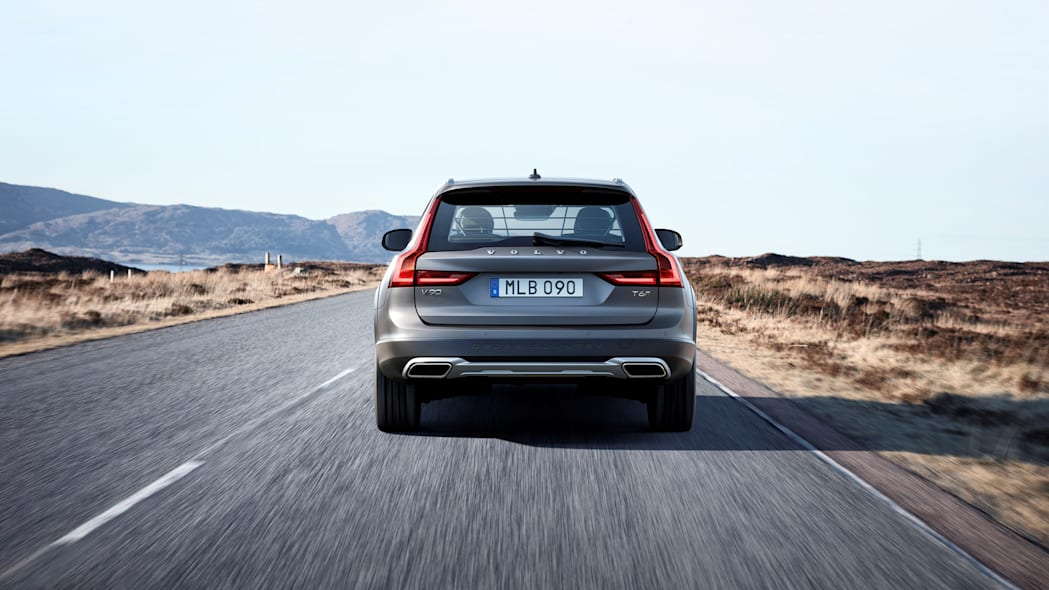 2017 Volvo V90 Cross Country Rear End Exterior
