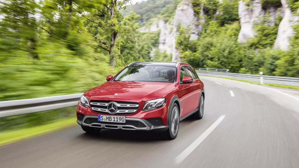 Mercedes-Benz E-Class All-Terrain front