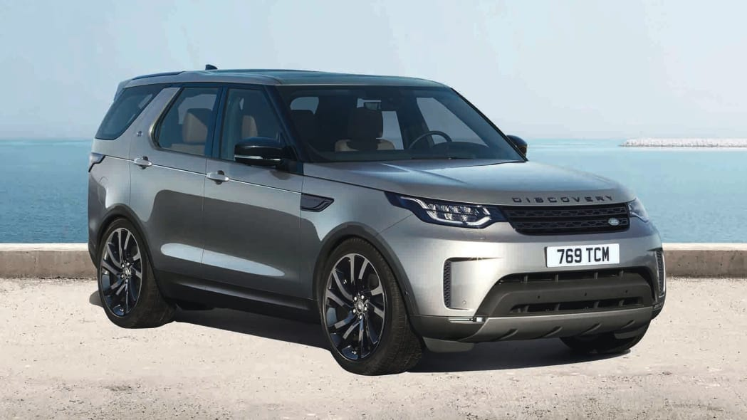 2017 Land Rover Discovery Black Pack