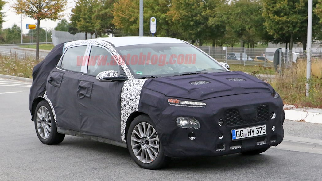 Hyundai SUV Spy Shots Three Quarter Front Exterior