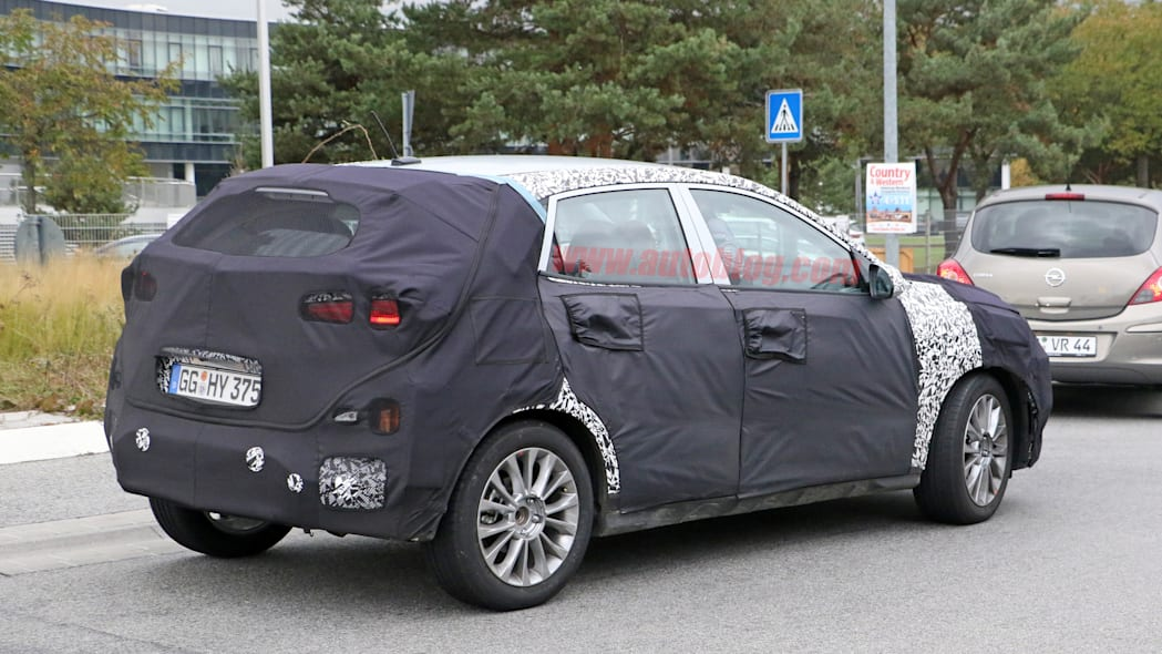Hyundai SUV Spy Shots Rear Three Quarter Exterior
