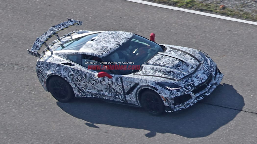 2018 Chevrolet Corvette ZR1 front 3/4