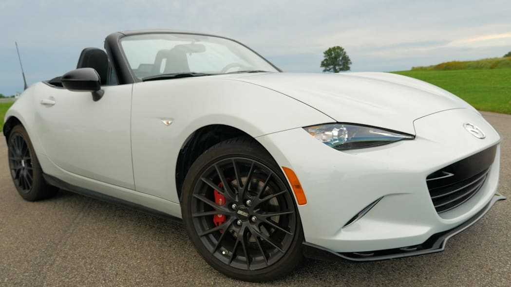 2016 Mazda MX-5 Track Review, Or: Why you need to take your Miata to a track