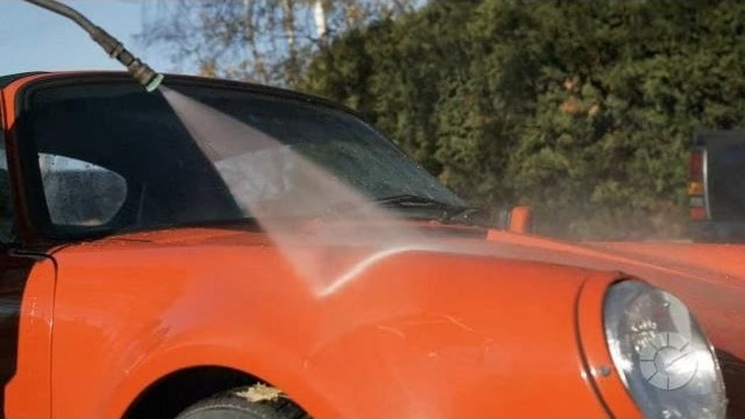 How To Wash Your Car In 15 Minutes | Autoblog Details