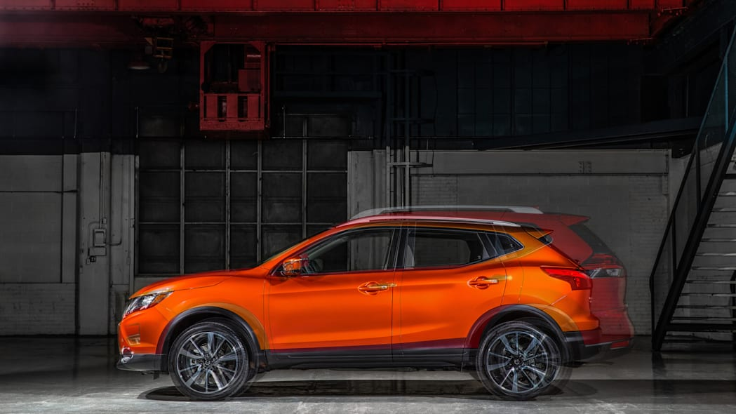 The 2017 Nissan Rogue, unveiled at the 2017 Detroit Auto Show, shown with the standard 2017 Rogue overlaid.