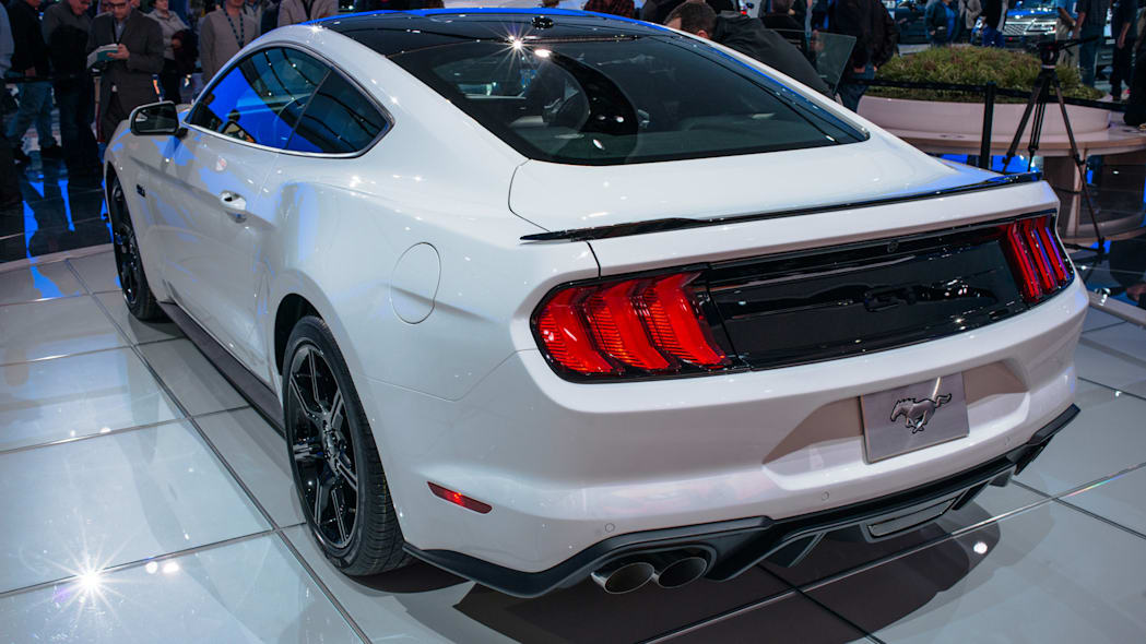 2018 Ford Mustang profile side