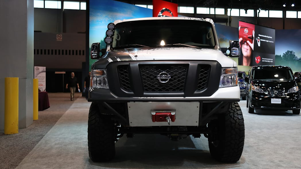 Nissan NV Cargo X Off-Road front