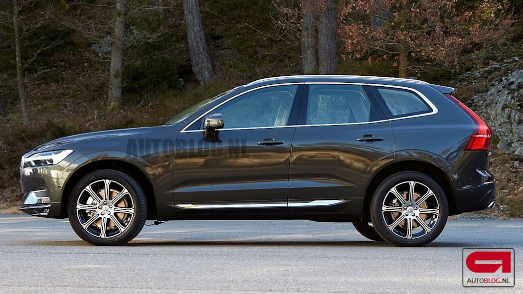 Volvo goes beyond automatic braking, adds automatic steering