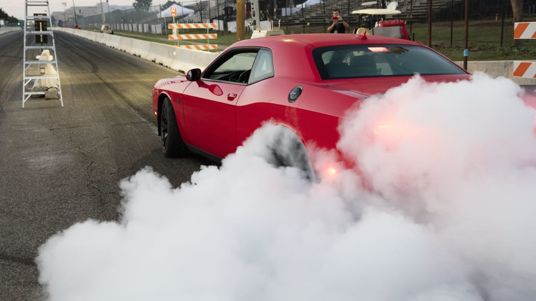 Drag Racing Dodge Challenger SRT
