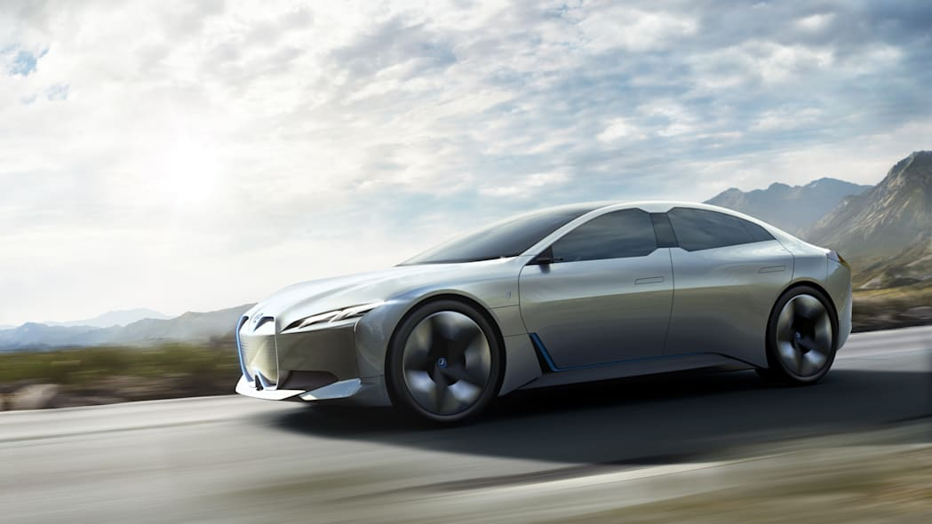 Electric BMW i4 sedan reportedly coming in 2021 with 530 horsepower