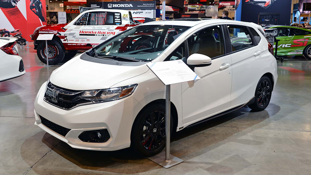 Honda Showcases Civic Type R Civic Si Fit Performance Parts Autoblog