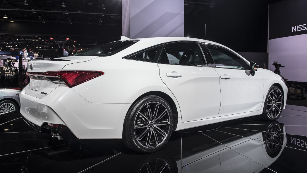 2019 Toyota Avalon Revealed At The Detroit Auto Show