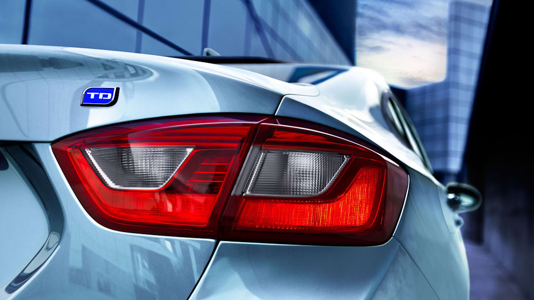 2018 Chevrolet Cruze Buyer S Guide With Specs Engine